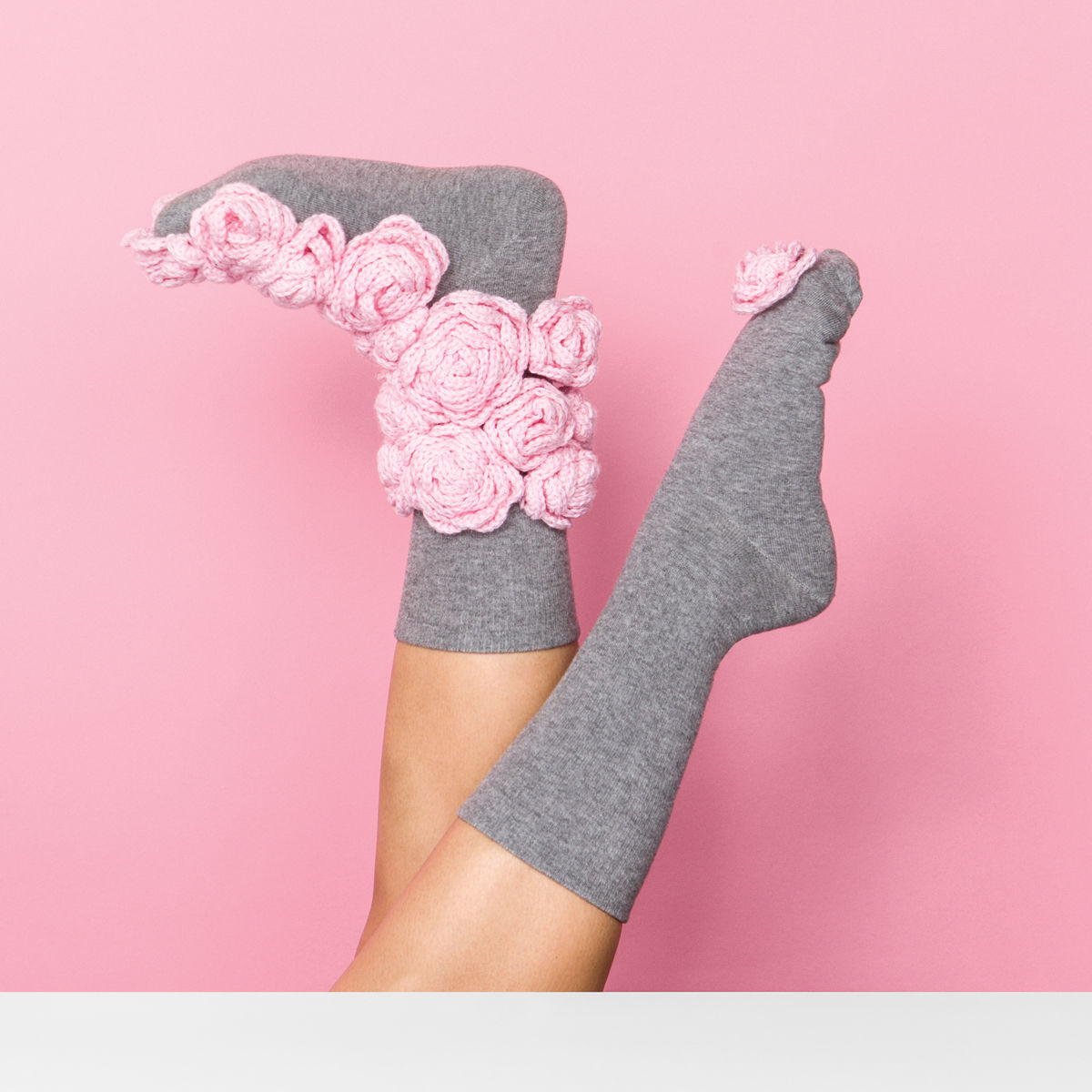 FrankieMag must-have socks blush roses http://weirdatheart.com/absolutely-must-have-socks/