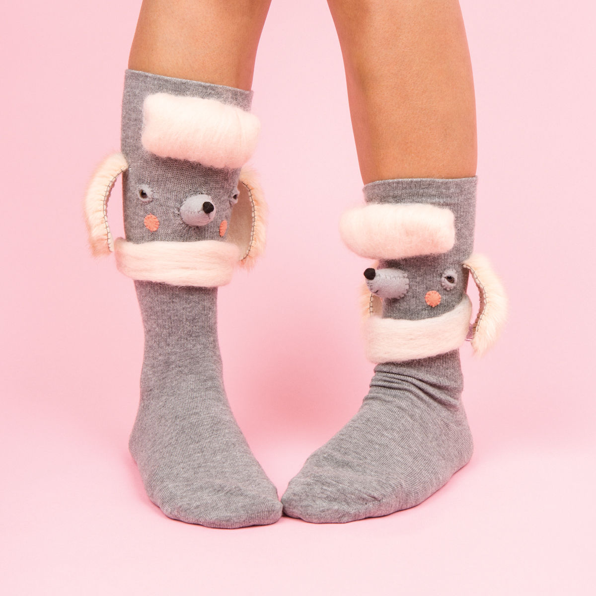 FrankieMag must-have socks poodle http://weirdatheart.com/absolutely-must-have-socks/