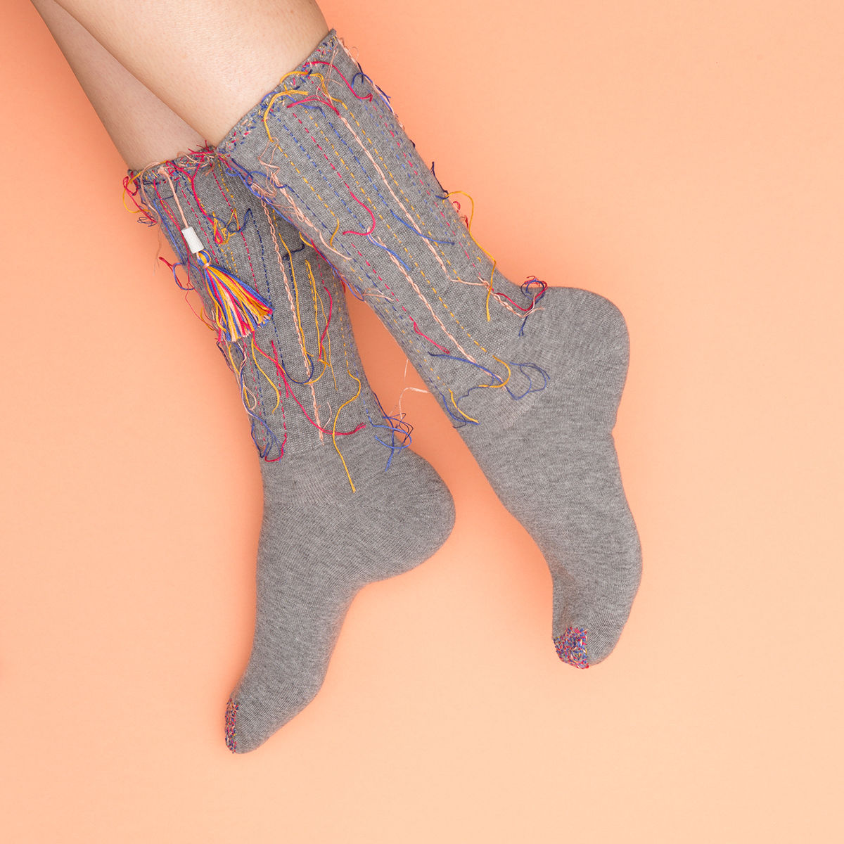 FrankieMag must-have socks threaded art http://weirdatheart.com/absolutely-must-have-socks/