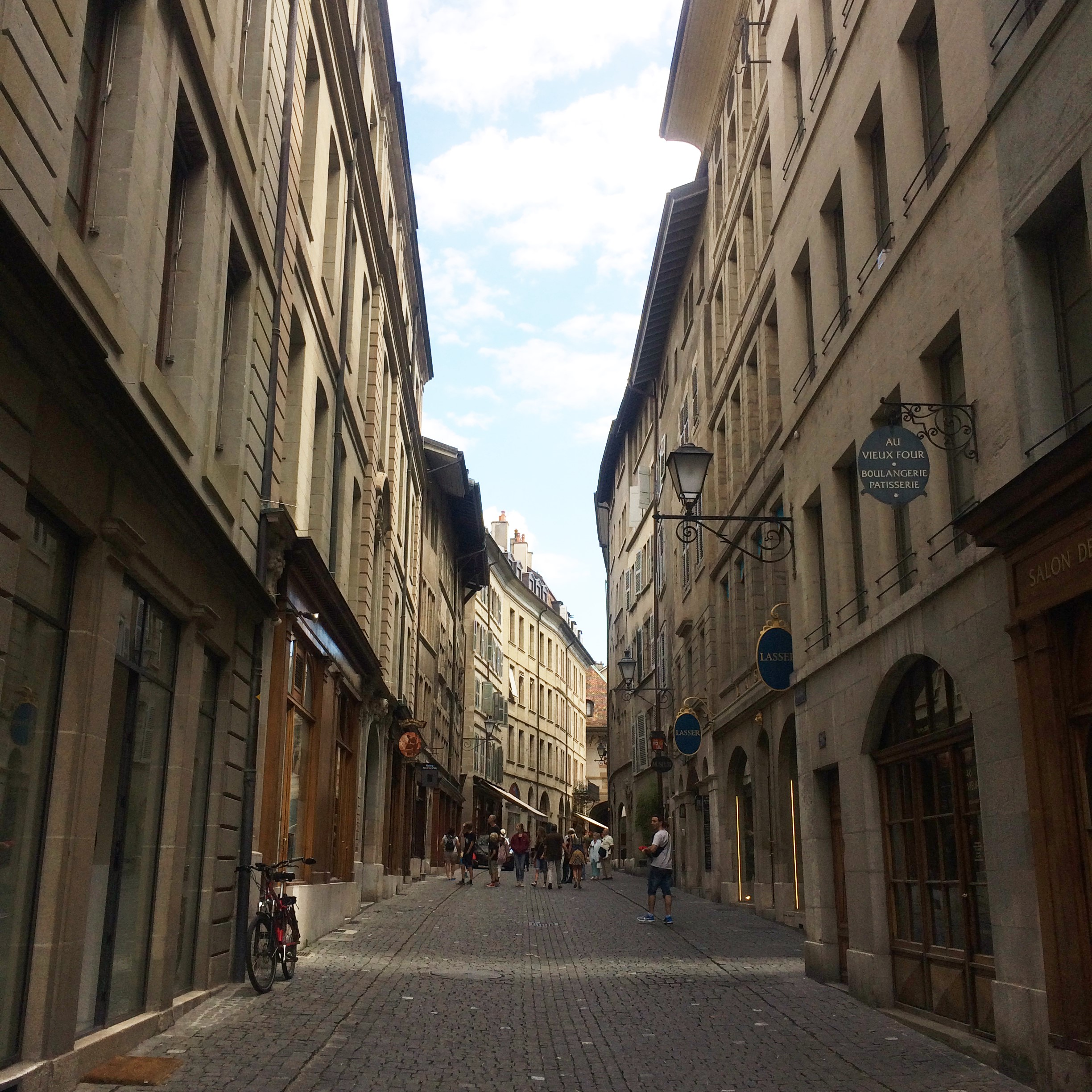 5 things to do on every city trip - Geneva oldtown