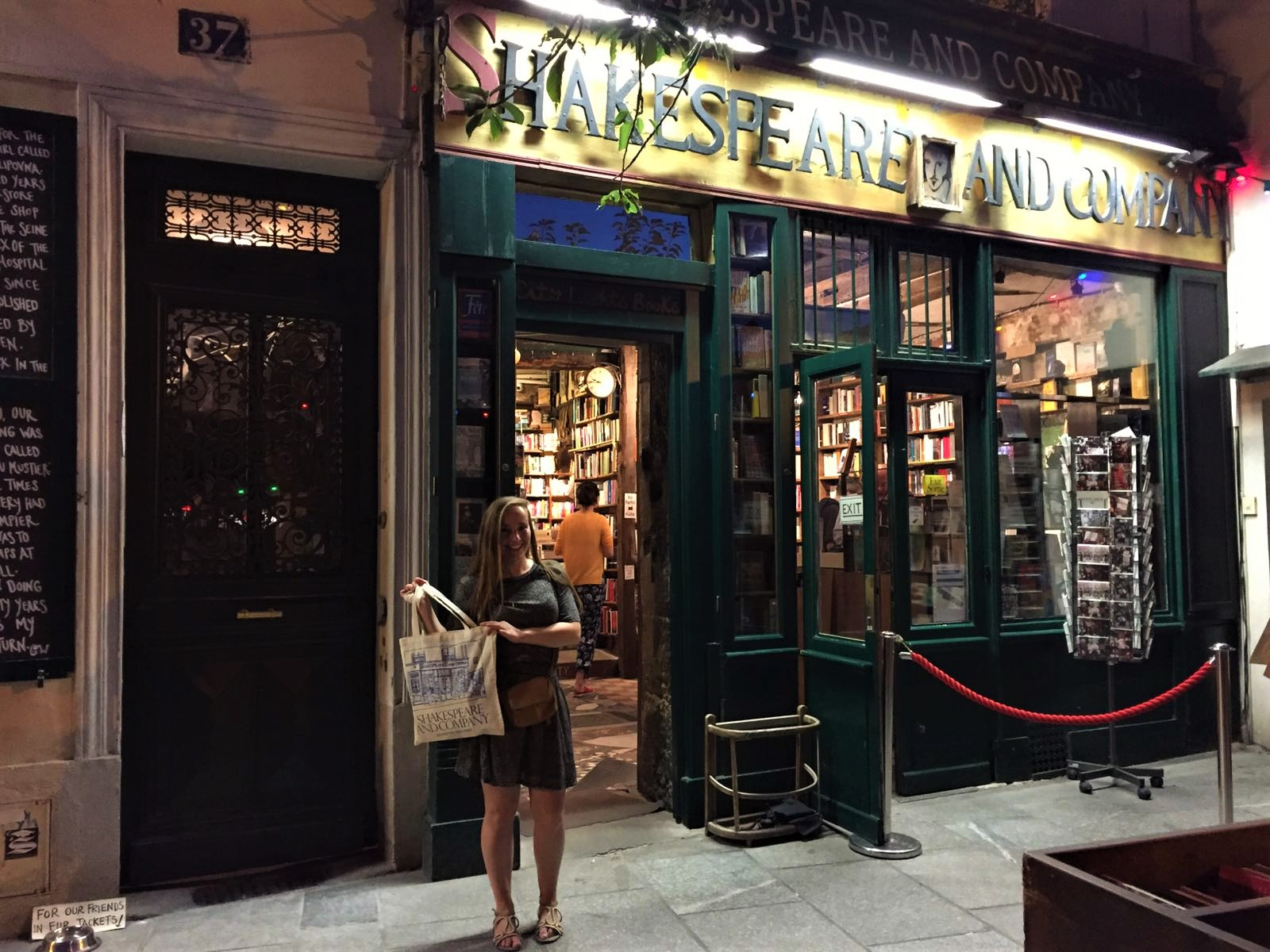 7 secret Paris tips that are not the Eiffel Tower - Shakespeare and Company | Weird at Heart